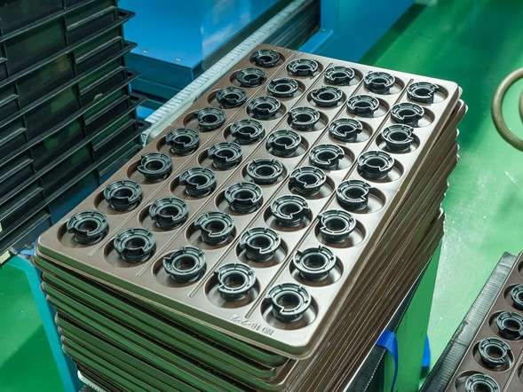 This tray contains injection-molded TSC which will house contain lens elements. According to Mr Yamaki, TSC has similar thermal properties to aluminium and is considerably stronger than conventional glass/polycarbonate materials.