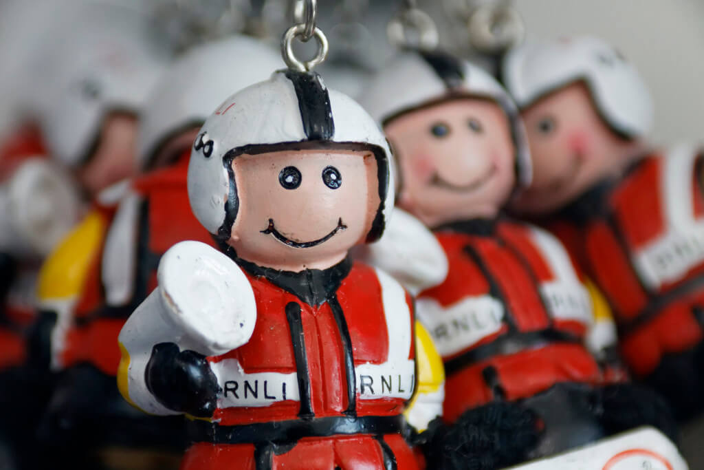 RNLI images - Macro Crew Keychain. Canon EOS 50D with SIGMA  18-300mm F3.5-6.3 DC DC MACRO OS HSM | Contemporary lens ; f/7.1 focal length 300mm, 1/320 sec.