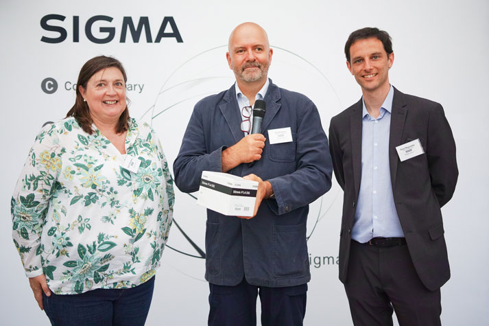 Sarah Mawdsley awarded the winning prize by Geoff Harris from Amateur Photographer and Paul Reynolds from Sigma Imaging (UK) Ltd.