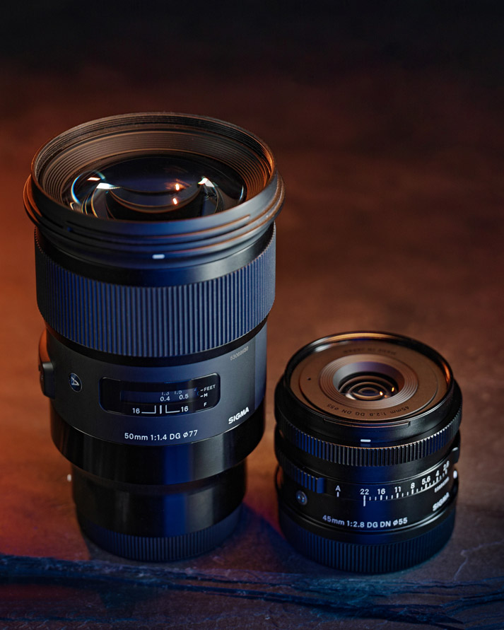 SIGMA 50mm F1.4 DG HSM | Art E-Mount next to SIGMA 45mm DG DN | Contemporary L-Mount
