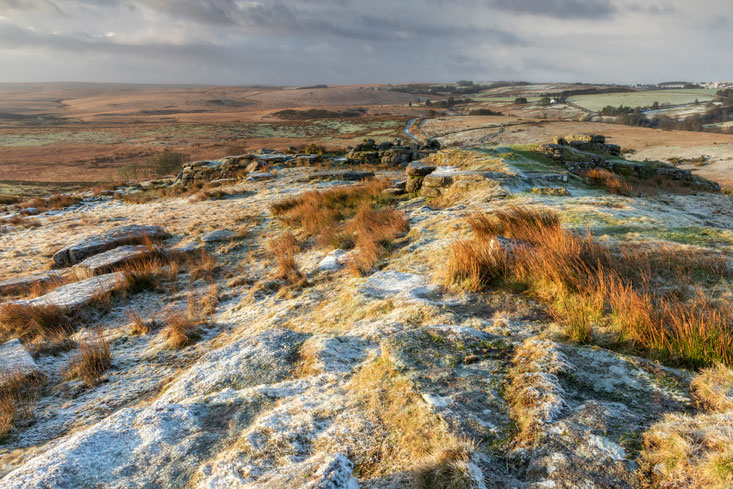 Crockern Tor, Dartmoor, Devon; SIGMA 16mm 1.4 DC DN | Contemporary, f/11, ISO 100, 1/10